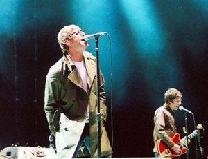 """Gli Oasis rifiutarono la colonna sonora di """"Trainspotting"""" perchè Noel Gallagher pensava fosse un film sulle ferrovie"""
