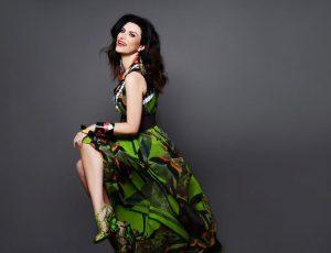 Laura Pausini nominata ai Grammy, fa il tifo per Adele: 'Mi riconosco nel suo stile'.