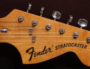 61 anni e sentirli (e bene): tanti auguri, Stratocaster.