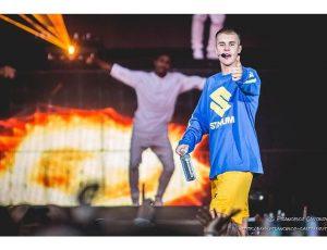 """La Cina vieta Justin Bieber: """"Un cattivo esempio"""""""