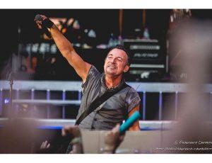 Bruce Springsteen, all'asta i biglietti per la prima data del suo spettacolo a Broadway