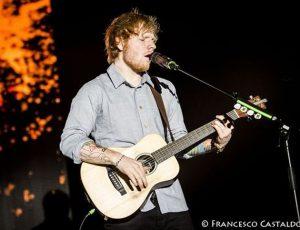 Ed Sheeran infortunato: cancellati i prossimi concerti