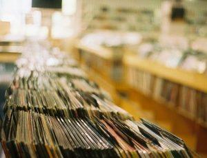 Negozi di dischi: Tokyo, Berlino e Londra capitali mondiali dello shopping musicale. L'Italia? Milano e Roma nella top 20, davanti a Seattle e Manchester