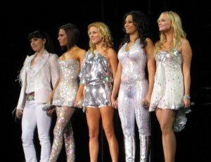 Spice Girls, Victoria Beckham smentisce la presunta reunion nel 2018: 'Non succederà'