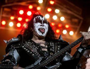 Kiss, ultimo tour prima dell'addio alle scene: l'annuncio ufficiale della band
