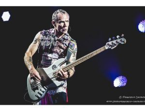 Red Hot Chili Peppers: in arrivo l'autobiografia di Flea