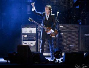 Paul McCartney conversa con Luca Parmitano dallo spazio: video